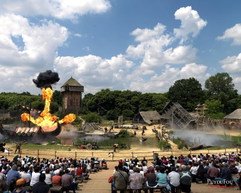 Your tickets and resort accommodation for Puys Du Fou Park - Natura Resort Pescalis